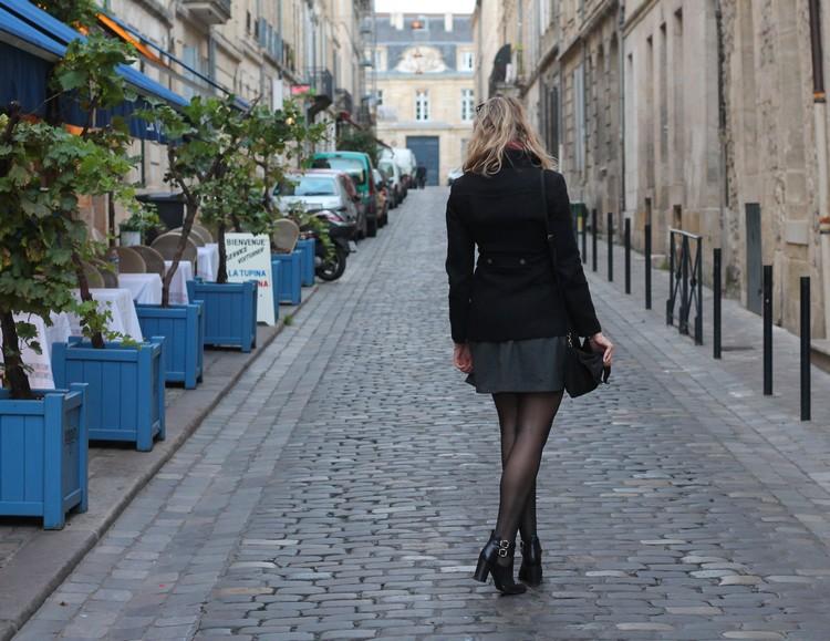 robe mademoiselle R, veste mango, echarpe, sac à main, bordeaux, chaussures bocage 7