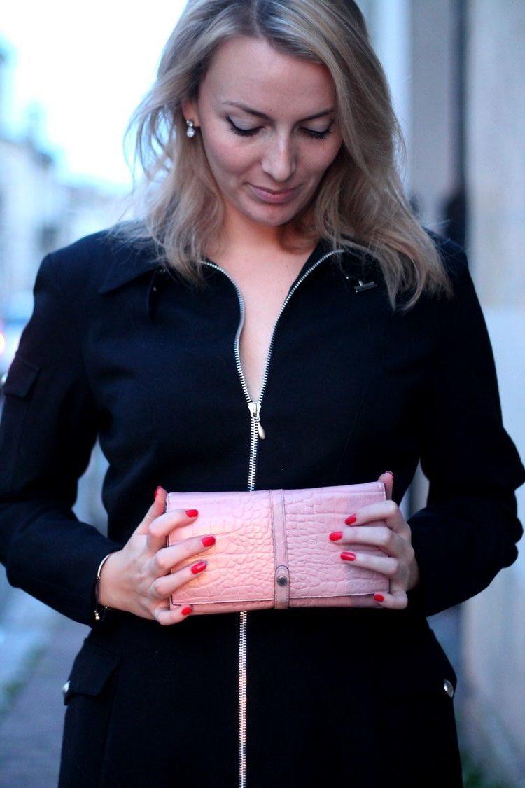 robe manteau thierry mugler pochette escarpins zara vernis dior 4