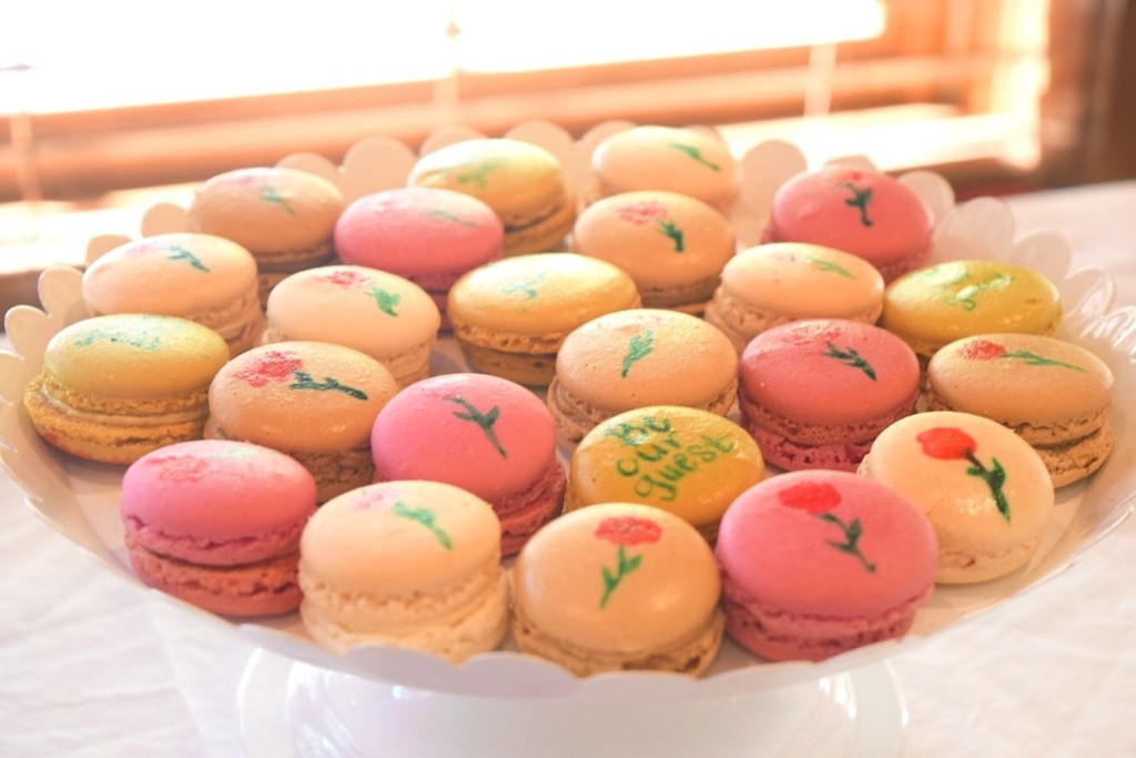 Watercolor macarons for a Beauty and the Beast Birthday Party - DarlingSouth.com
