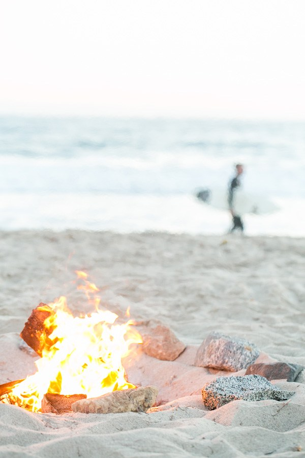 how to host a beach bonfire - end of summer celebration