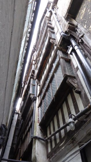 Looking up from Maverdine Alley