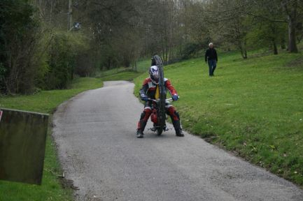 Monowheel coming downhill - not easy with no brakes!