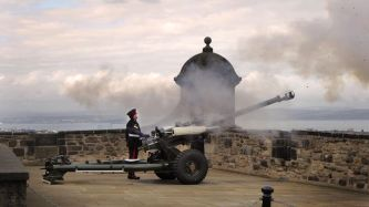 Edinburgh Castle - The One O'Clock Gun