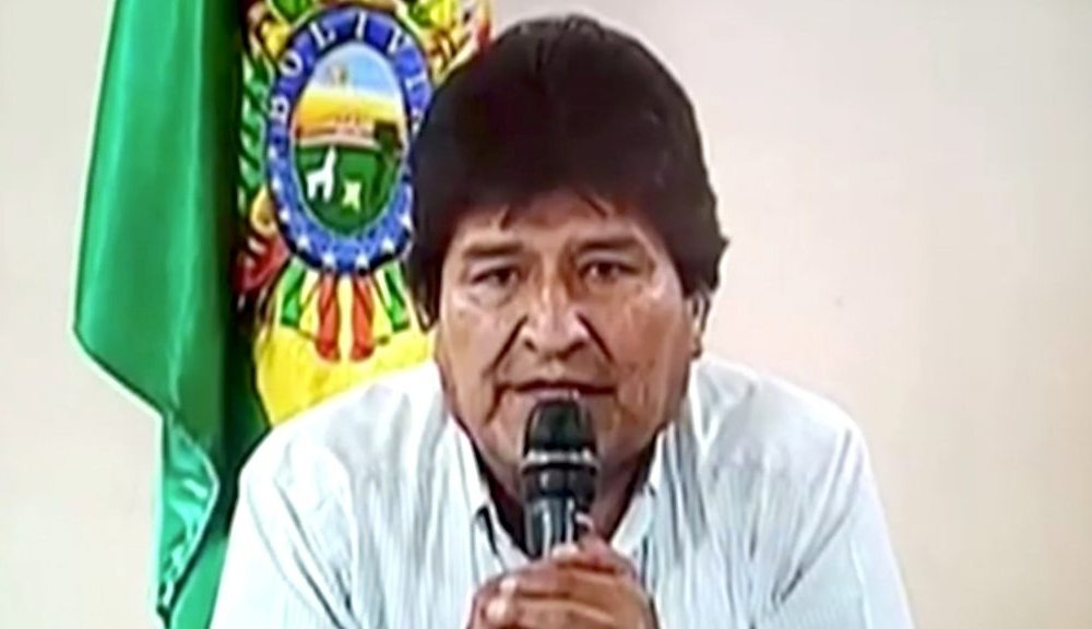 Trump Bolivia crisis: Ex-President Morales offered asylum in Mexico
