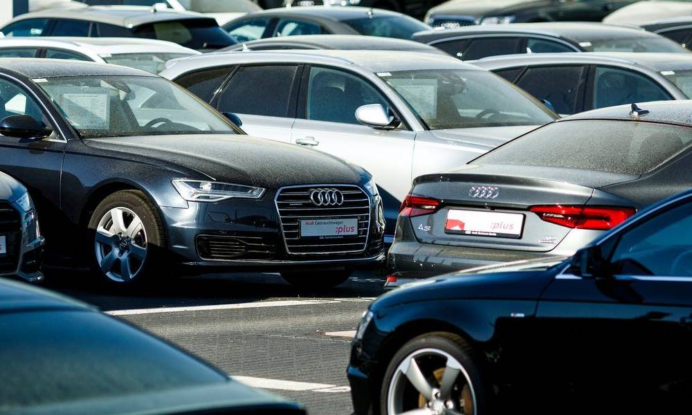 Monthly sales reports fall even further by the wayside in the car industry as Volkswagen, Audi join the movement to quarterly reporting