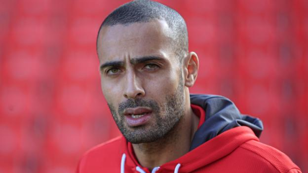 Sport Darren Pratley: Returning to football as BAME player is 'frightening'