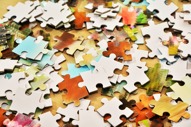 pieces-of-the-puzzle-1925422_640