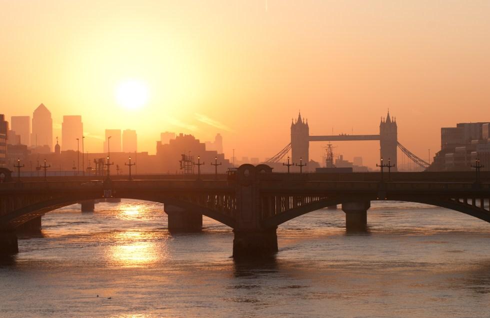 London-shutterstock_85756894.jpg