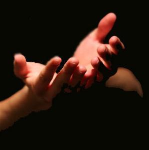 Berdoa Mengangkat Tangan