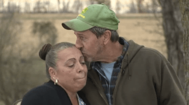 When a fellow farmer's family tragedy keeps him from completing his fall harvest, local farmers come together to tackle more than 100 acres in a single day.
