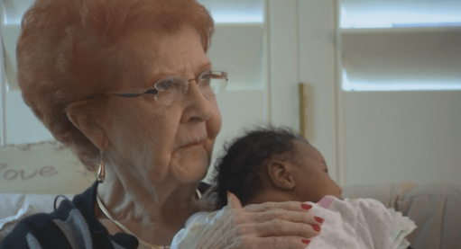 Stranger Gets Instant Grandma Status When She Takes In Dad And Newborn Baby Unable To Fly