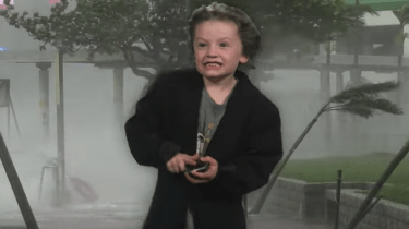 Kindergartener Carden Coats gives adorable weather forecast for his school project.