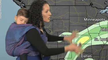 Meteorologist mom Susie Martin wore her son during her forecast to promote the power of baby-wearing.
