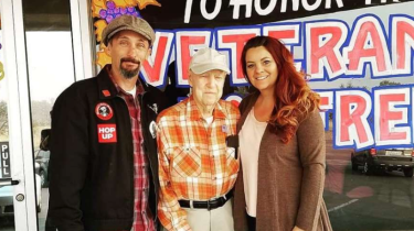 Tracy Grant and her boyfriend take in 93-year-old WWII veteran Lee Bundige who had to evacuate during the Camp Fire in Paradise, CA.