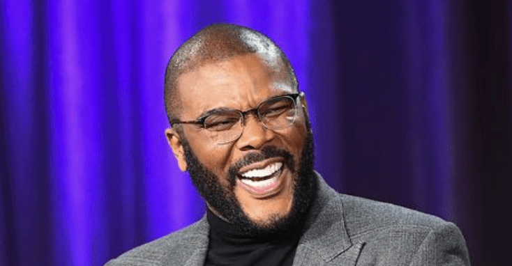 Tyler Perry Pays Off $434,000 In Christmas Layaway Accounts At Walmarts In Georgia