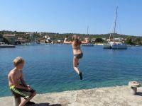 Luzie & Lenni genießen das Wasser