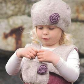 Baskenmütze mit Blume