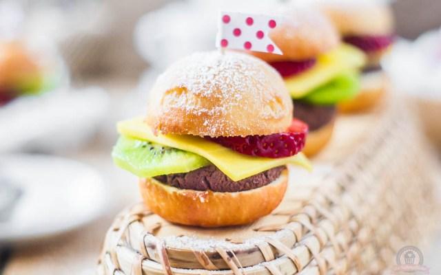 Früchte Burger – eine kleine süße Augenweide, die zu jeder Feier passt…