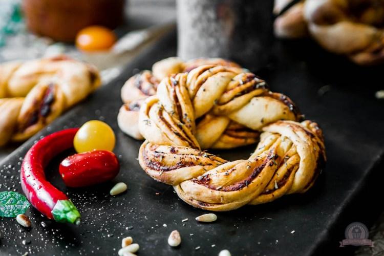 Pesto Rosso Kringel – für einen guten Start ins neue Jahr…