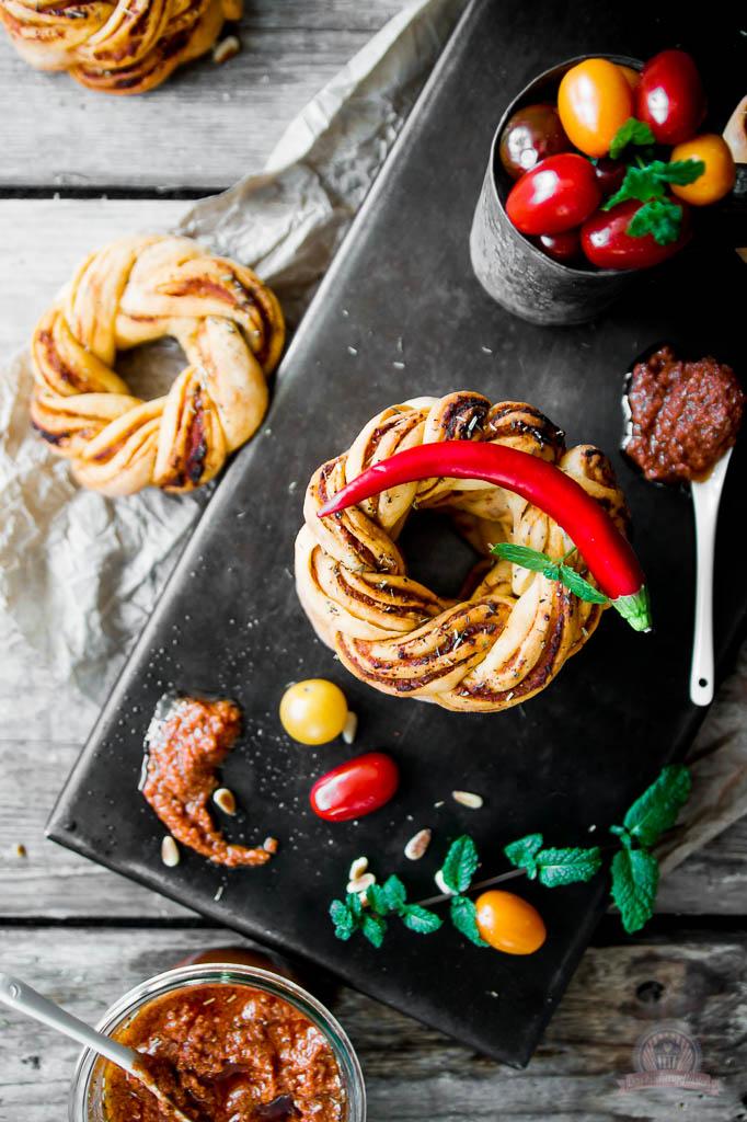 Pesto Rosso Kringel