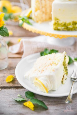 Lemon Curd Wickeltorte 7