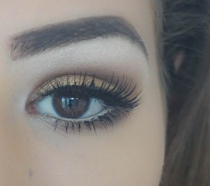 I also applied natural eyelashes, Ardell 105 which are my favourite