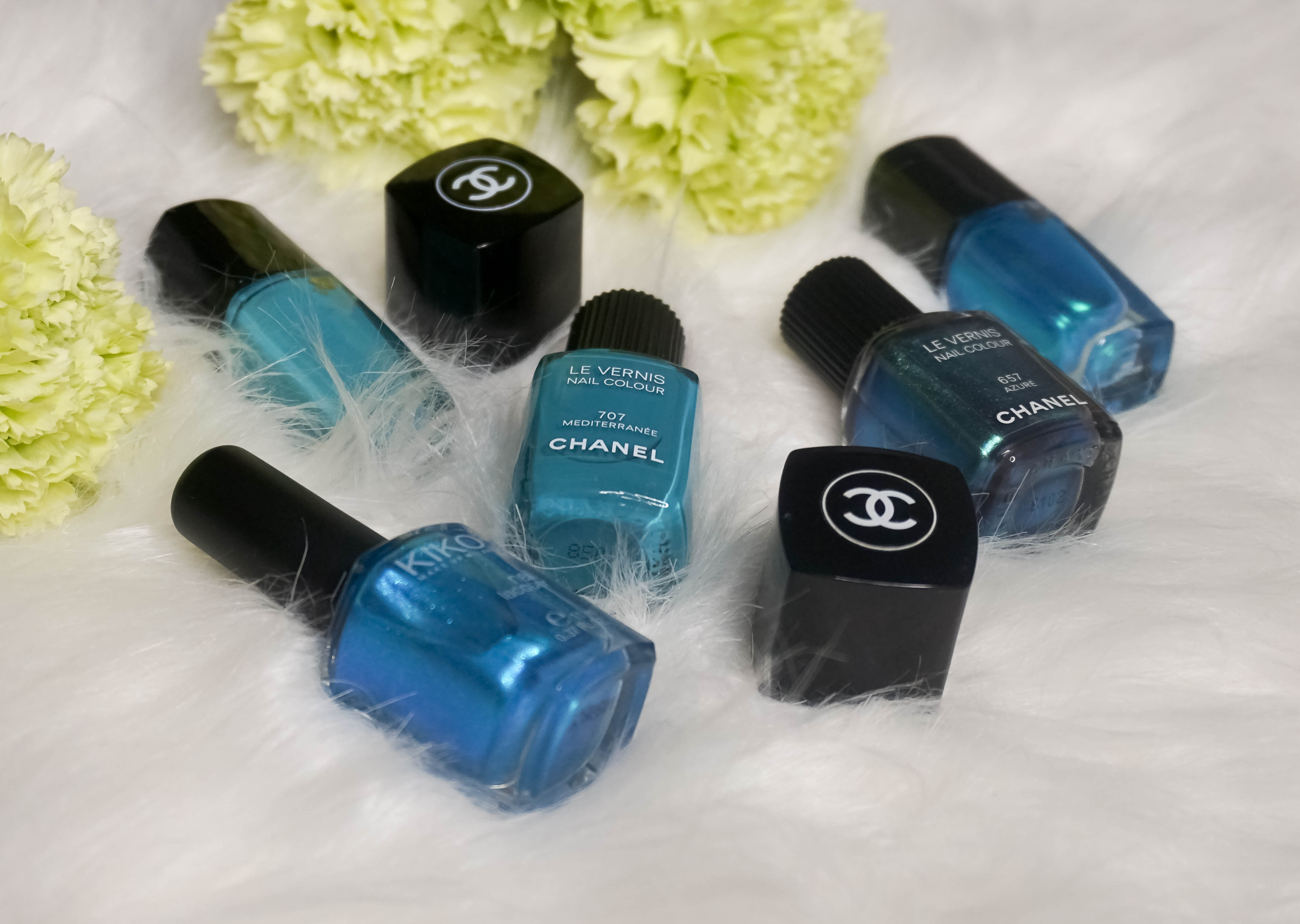 MANI MONDAY- SUMMER TURQUOISE NAIL COLOURS