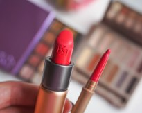 KIKO MILANO Everlasting Colour lip liner 410 and Velvet Passion lipstick 310
