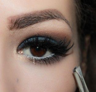 9. apply false lashes- Ardell 118