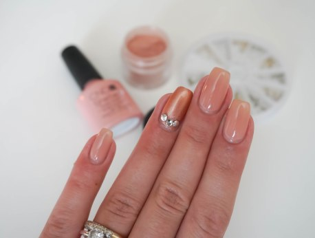 CND Shellac nail design