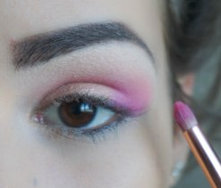 apply matte pink eyeshadow with coral undertone in the outer corner of your crease and blend it upwards; Brush- Zoeva 230