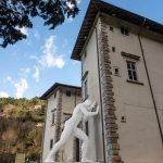 Esposizione Mr Arbitrium di Emanuele Giannelli a Palazzo Mediceo Seravezza Mr Arbitrium Foto di Giovanni Bertagna
