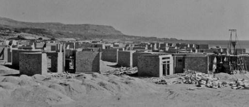 Ο τουριστικός οργασμός του '60, με τα τουριστικά καταλύμματα των ακτών! (από το αρχείο του συγγραφέα)
