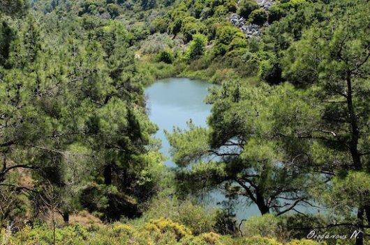 Η Λίμνη των Νάνων