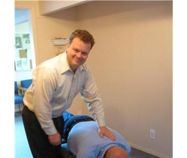 Kent Chiropractor Answers Are Chiropractors Real Doctors