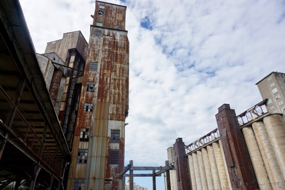 Looking at Buffalo's grain elevators from the ground
