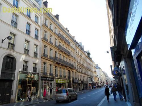 A Visit to Paris