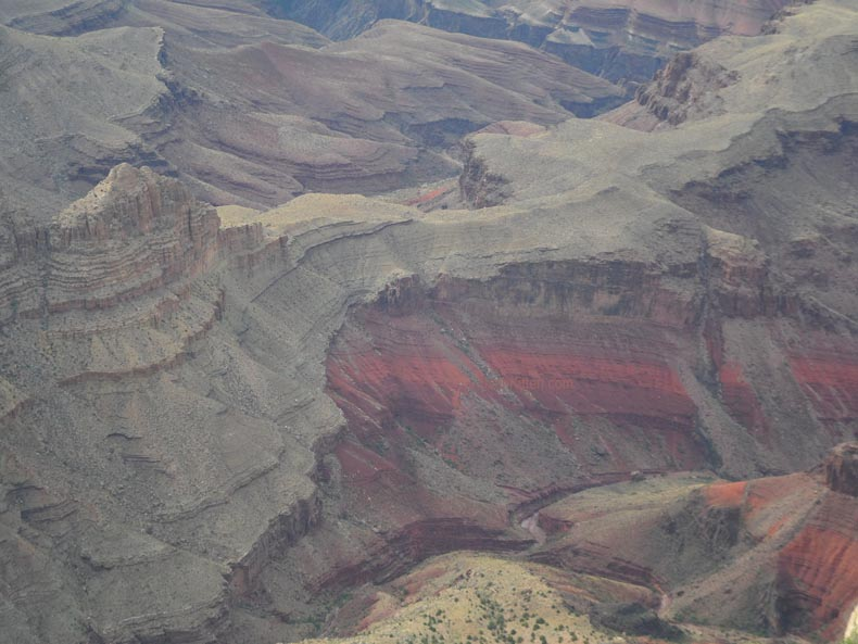 Looking into the depths of the Grand Canyon