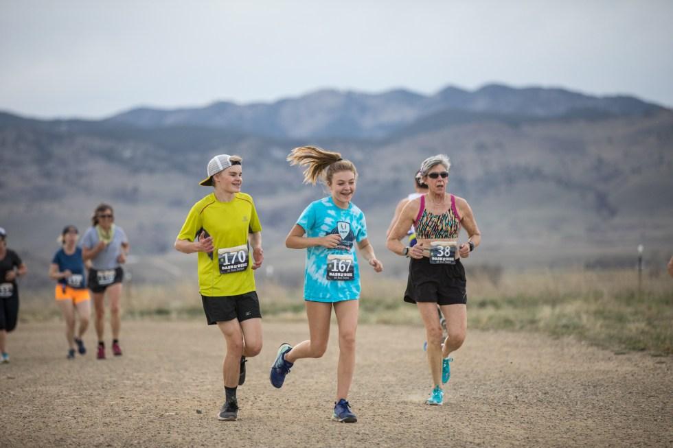 Dash & Dine runners at the Boulder Reservoir