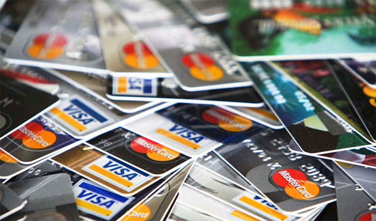 209,000 Credit Cards Compromised in Data Breach, Decentralized Digital Currency Needed