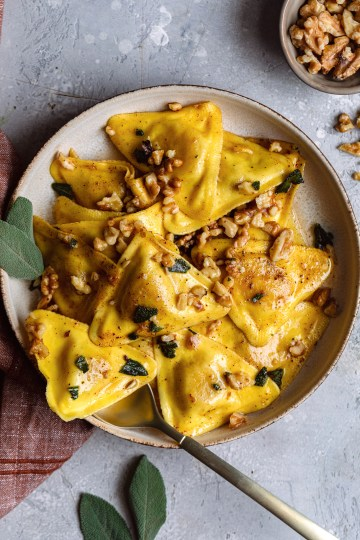 Butternut Squash Raviolis With Sage Butter