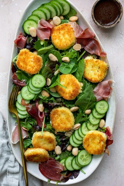 Fried goat cheese salad with prosciutto