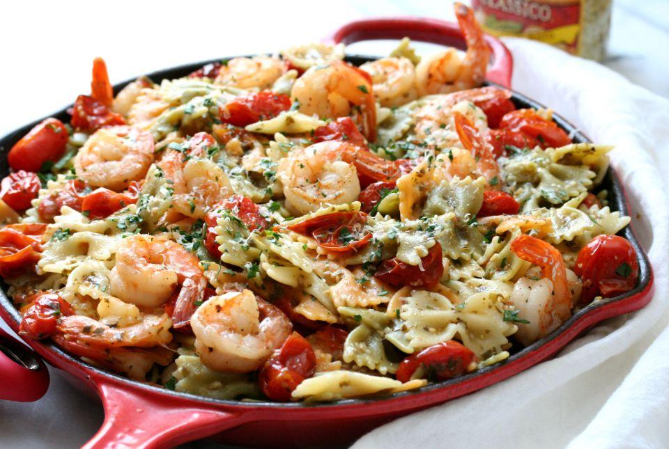 Simple Shrimp Pesto Pasta