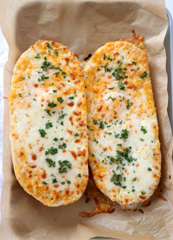 The Cheesiest Garlic Bread