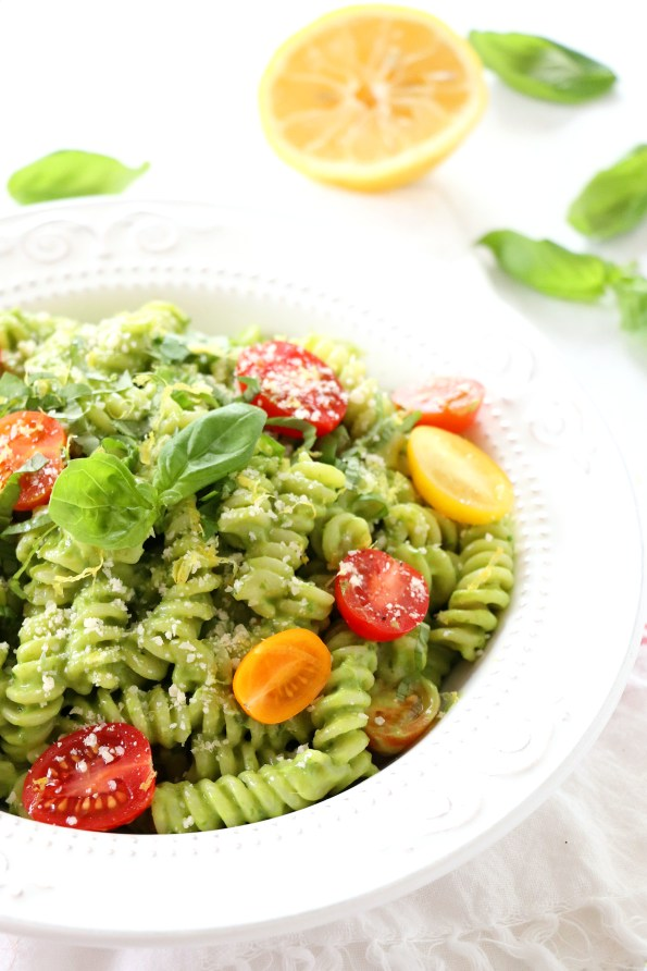 Healthy Spinach Pesto Pasta