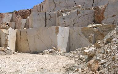 Quarry_Gallery_Yellow_003