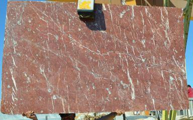Slabs_Royal_Red_001