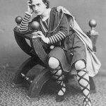 Photo: John Barrymore as Hamlet, 1922. Public domain via Wikimedia Commons