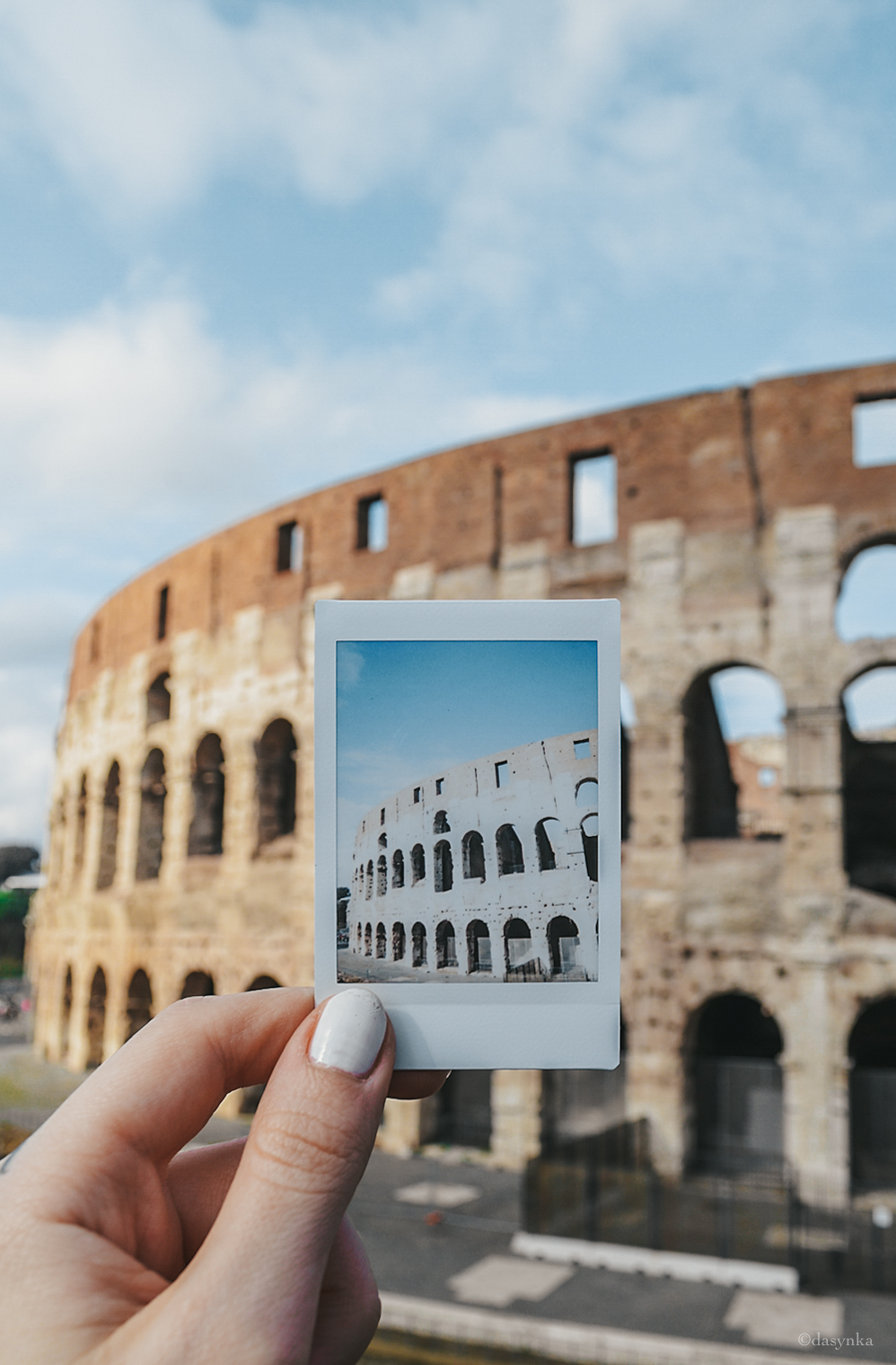 dasynka-fashion-blogger-shooting-model-blog-rome-travel-colosseum-pinterest-polaroid-instax-fujifilm-8