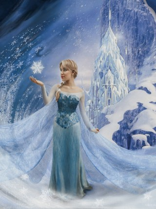 dasynka-fashion-blogger-blog-cosplay-cosplayer-disney-disneyland-make-up-costume-ideas-party-costumes-frozen-II-2-elsa-anna-ice-palace-crystal-photoshop-art-digital-before-after-photomontage-princess-cake-birthday-blue-dress-asos
